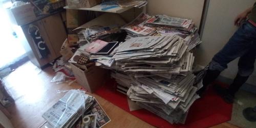 新聞紙(約1年分)
